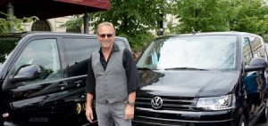 Highline & Hollywood: Kevin Costner im Multivan.