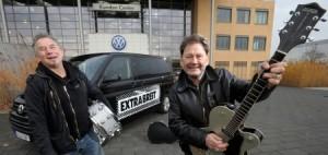 """Extrabreit im """"Kult-Schlitten"""" auf Weihnachtstournee."""