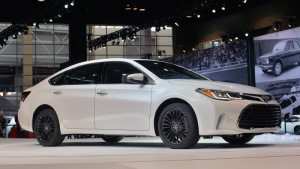 2016 Toyota Avalon gets revised equipment, sportier styling