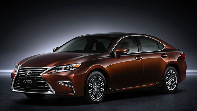 Refreshed 'exciting' Lexus ES takes a bow in Shanghai along with RX 200t