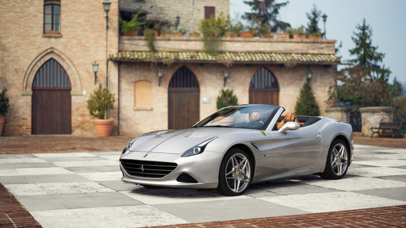 Ferrari California T showcases classic style in Shanghai