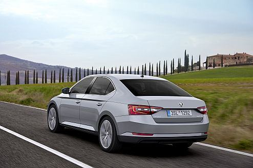 Top-level safety: new ŠKODA Superb has been awarded with maximum 5-star rating in Euro NCAP crash tests