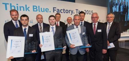 "Auf Erfolgskurs: Umweltprogramm ""Think Blue. Factory.""."